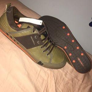 Men's size 14 merrell sneakers